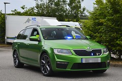 Unmarked Traffic Car (S11 AUN) Tags: devon cornwall police skoda octavia vrs unmarked anpr video equipped rpu roads policing unit traffic car 999 emergency vehicle