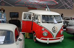 Volkswagen Combi T1 (1967) (baffalie) Tags: auto voiture ancienne vintage classic old car coche retro expo italia sport automobile racing motor show collection club course race circuit italie padoue fiera moto bike motorbike motocycle vw