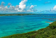 Kurima Bridge, Kurima Island, Okinawa (Nana* <salala817>) Tags: kurimabridge kurimaisland okinawa japan bridge miyakoisland ocean sea blue 来間島 来間大橋 宮古島 沖縄 橋 青 海