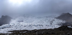 Skaftafell glacier - Closer look (Ringo_C) Tags: fog glacier gletsjer ijs ijsland ice iceland mist nature natuur panorama ringocoene rocks rotsen skaftafell