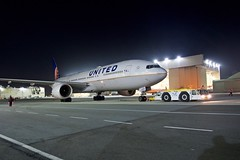 United Airlines 2000 Boeing 777-200 N213UA  c/n 30219 at San Francisco Airport 2019. (17crossfeed) Tags: unitedairlines unitedexpress 777 777200 777300er sfo sfoov sanfranciscoairport airport airplane aviation aircraft boeing landing tower takeoff taxi southwestairlines deltaairlines americanairlines lufthansa 787 747 737 767 727 757 320 380 engine
