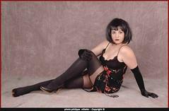 laura sexy  2 (villatte.philippe) Tags: laura sexy bas noir gand gands studio flash brune dress high heel l jaretelles jaretelle lingerie glamour talon escarpin minirobe skirt