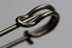 closing time (HansHolt) Tags: macro metal canon closed pin dof 100mm safetypin metaal 6d gesloten imperdible sicherheitsnadel canonef100mmf28macrousm veiligheidsspeld macromondays canoneos6d épingledesûreté spilladisicurezza hmm kiltpin