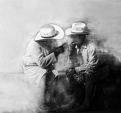 """Feedback. (De la serie """"Conversaciones""""). (paulaaranoa) Tags: juicios guatemala confidentes conversaciones américacentral américa"""