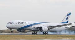 Boeing 787-9 El Al (Moments de Capture) Tags: boeing 7879 b787 787 elal 4xeda aircraft plane avion aeroport airport spotting lfpg cdg roissy charlesdegaulle onclejohn canon 5d mark3 5d3 mk3 momentsdecapture