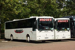 Photo of Hodge, Sandhurst (BE) - 9489 PH & 8896 PH