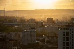 Comme un air de fin du monde (Aphélie) Tags: ulan bataar bator mongolia mongolie sunset soleil coucher city ville