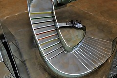 down and round (Artee62) Tags: london city canon eos 7d steps