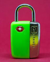 Closed - [MacroMonday_20190819] (Arranion) Tags: macro macromondays closed close lock closeup key themed theme 7d canon eos