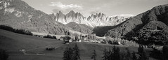 Santa Maddalena (Joost Holthuizen) Tags: hasselbladxpan ilford sfx200 sfx dolomites villnoss val di funes mountains alps