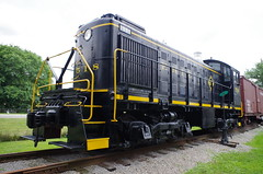 Erie 518 (Fan-T) Tags: bessemer erie 518 caboose alco s2 switcher