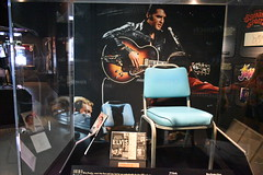Rock and Roll Hall Of Fame 2019 - Cleveland, OH (24) (Photography - Memorabilia - FAPD) Tags: rock roll classic rap country pop sexy cleveland ohio guitar microphone taylor swift museum alice cooper jimi hendrix elvis michael jackson rolling stones the garage dolly kid britney spears bob marley mtv waynes world nwa 5 janet cure def leppard stevie nicks radio head warped tour vans supremes metallica
