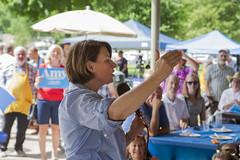 Amy Klobuchar (mfhiatt) Tags: img05330719c amyklobuchar politics photojournalism election caucus desmoines iowa 2020 president democrat