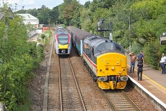 Stadler 755410 passes 37419 at Brundall. The Stadler was covering the additional summer diagram planned to be 37 hauled whilst the 37s ran in 9 trips for the day. The working is 2P20 1236 Norwich - Great Yarmouth at Brundall, 17/08/19. (chrisrowe37419) Tags: 37419 brundall stadler 755410 170819 mainline shortset eastanglia 2p20 1236 norwich greatyarmouth