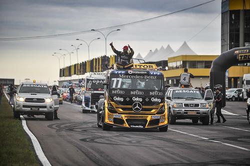 18/08/19 - O tradicional desfile dos pilotos da Copa Truck em Santa Cruz do Sul - Fotos: Duda Bairros