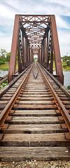 Railroad bridge at Franklin, OH (Randy Durrum) Tags: railroad bridge franklin oh ohi rusty truss leading lines durrum samsung galaxy plus s9