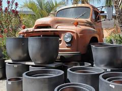 Park anywhere 8009b (JKehoe_Photos) Tags: internationaltrucks r170 rusty truck pots johnjkehoephotography