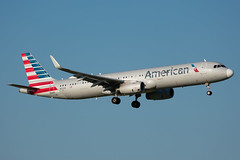 N151AN Airbus A321-200 American (SamCom) Tags: aal americanairlines a321 n151an airbus a321200 american