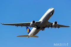 Lufthansa A330-300 D-AIKQ @ MUC (MASAviation) Tags: aviation avgeek avion aviator aviationpic aviationphotography avporn plane planespotting planespotter spotter spotting lufthansa airbus airbuslovers a330