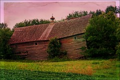 Collapsing Barn (Dave Linscheid) Tags: barn farm rural watonwancounty mn minnesota usa country agriculture wood decay texture textured smartphotoeditor abandoned