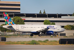 "JetBlue ""JetBlue Vacations"" Livery (N648JB) @KLGB (jebzphoto) Tags: jetblue airbus a320 klgb lgb long beach plane planes livery special scheme aircraft airplane airplanes aviation planespotting airport airports airline airlines commercial"