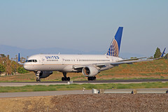 United Airlines B757-232 (N597UA) @KLGB (jebzphoto) Tags: united airlines airline klgb lgb boeing 757 plane planes aviation aircraft airport airports planespottong commercial long beach airplane airplanes