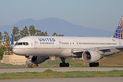 United Airlines B757-232 (N597UA) @KLGB (jebzphoto) Tags: united airlines airline klgb lgb boeing 757 plane planes aviation aircraft airport airports planespotting commercial long beach airplane airplanes