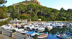 Agay (hans pohl) Tags: france var agay port harbours bateaux ships boats paysages landscapes eau water