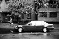 Kiev Street (dmitriy.marichev) Tags: leicam leicamp summilux leica summiluxm 35mm f14 asph fle leicasummiluxm35mmf14asphfle street be bw monochrome monochrom city mercedesbenz mercedesbenzw140 w140 dmitriymarichev