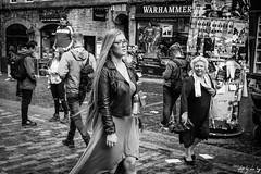 Royal Mile, Edinburgh (Cycling-Road-Hog) Tags: candid canoneos750d citylife edinburgh edinburghstreetphotography fashion hairstyle places royalmile scotland street streetphotography streetportrait style urban