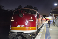 """""""North West Zephyr"""". 42103, on 9L42 waits at Muswellbrook, Main North, NSW. 17th August, 2019. (garratt3) Tags: 42103 421class australia aus diesel dieselloco dieselpassenger dieselpower dieseltrain digital locomotive newsouthwales newsouthwalesheritage pentax mainnorth rail railway srs standardgauge sydneyrailservices train trains"""