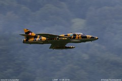 Hunter Flying Group // HB-RVV // Hunter T.Mk.68 (SUIspotter) Tags: airplane flugzeug airshow flugshow jet