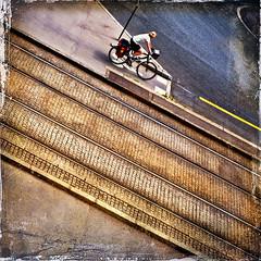 piste cyclable (Marie Hacene) Tags: nantes piste bicyclette rails tramway rue street carré