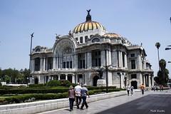 Ciudad de México, 04-2019. B2CBA086-8DCF-4D52-B465-43BDEB6ABA9D (Maite Urrutxi) Tags: ciudades palacio bellasartes
