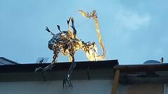 A l i e n (Ladyhelen_) Tags: alien cityart movie silver street sculpture streetphotographer movielover film metalart statue artlover bluesky evening light streetart city