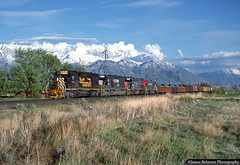 Power Mix on American Fork Hill (jamesbelmont) Tags: riogrande sd40t2 americanfork drgw train railroad railway locomotive tunnelmotor norfolksouthern southernpacific wasatch snow