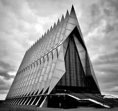 Chapel of the US Air Force Academy (__ PeterCH51 __) Tags: church chapel airforceacademy airforceacademychapel architecture modern modernarchitecture architektur coloradosprings colorado usa america amerika bw blackandwhite iphone peterch51 monochrome modernistarchitecture contemporaryarchitecture bnw blackwhite
