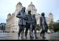 Beatles Statue & Port of Liverpool Building, Liverpool, UK (JH_1982) Tags: beatles statue sculpture port building mersey docks dock office harbour board offices george's pier head riverside edwardian baroque style historic historisch architecture architektur landmark liverpool 利物浦 リヴァプール 리버풀 ливерпуль england inglaterra angleterre inghilterra uk united kingdom vereinigtes königreich reino unido royaumeuni regno unito 英国 イギリス 영국 великобритания