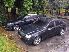 197U Obsidian Black 2006 Mercedes-Benz C180 Kompressor Sport W203 (475) Sapphire Black Metallic 2014 BMW X1 sDrive18d Exclusive E84 (rkfotos) Tags: 197u obsidian black 2006 mercedesbenz c180 kompressor sport w203 475 sapphire metallic 2014 bmw x1 sdrive18d exclusive e84