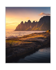 Senja,Norway (andreassofus) Tags: landscape grandlandscape senja norway northernnorway sea seascape ocean oceanscape mountain mountainscape sunset sun sunlight light goldenlight outdoor travel travelphotography hozizon sky clouds cliff rock rocks