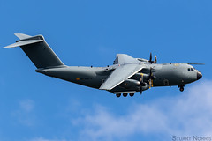 A400M EC-400 - Airbus Defence and Space (stu norris) Tags: a400mec400 airbusdefenceandspace airbus a400m airbusa400matlas aviation airshow riat riat2019 royalinternationalairtattoo2019 raffairford royalinternationalairtattoo transporter cargo coth5 outside blue sky cloud