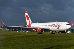C-FIYE Air Canada Rouge Boeing 767-33A(ER)(WL) at Edinburgh Turnhouse Airport on 17 August 2019 (Zone 49 Photography) Tags: aircraft airliner aeroplane august 2019 edinburgh scotland egph edi turnhouse airport rou air canada rouge boeing 767 763 300 33a er wl cfiye