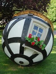 Lars Fisk - Tudor Ball (2019) (fb81) Tags: greatbritain uk unitedkingdom london larsfisk tudor ball regents park modern art frieze sculpture festival