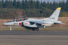 304 Hikotai JASDF Kawasaki T-4 16-5800 (Vortex Photography - Duncan Monk) Tags: 304 hikotai squadron t4 kawasaki 165800 800 jet trainer naha okinawa iruma air base jasdf japanese japan self defence force 2018 taxi roah
