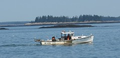Lobster boats (BILL914) Tags: lobsterboat maine mainecoast atlanticocean islands lobstertraps bouys