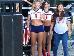 IMG_7446 (grooverman) Tags: houston texans nfl football game nrg stadium texas 2019 cheerleaders nice sexy legs stomach canon powershot sx530