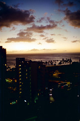 a1994-11-18 (mudsharkalex) Tags: hawaii oahu honolulu honoluluhi waikiki sunset