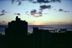 a1994-11-16 (mudsharkalex) Tags: hawaii oahu honolulu honoluluhi waikiki sunset