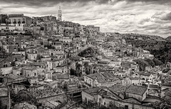 Matera in black and white (Leaning Ladder) Tags: matera italy italia basilicata sassi blackandwhite bw skyline canon 7d mkii 7dmkii leaningladder