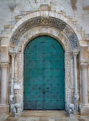 The doors of Vieste (Leaning Ladder) Tags: trani italy italia puglia apulia doors green architecture canon 7d mkii 7dmkii leaningladder